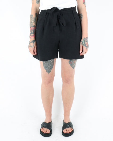 basic apparel_trine shorts_black_1_3