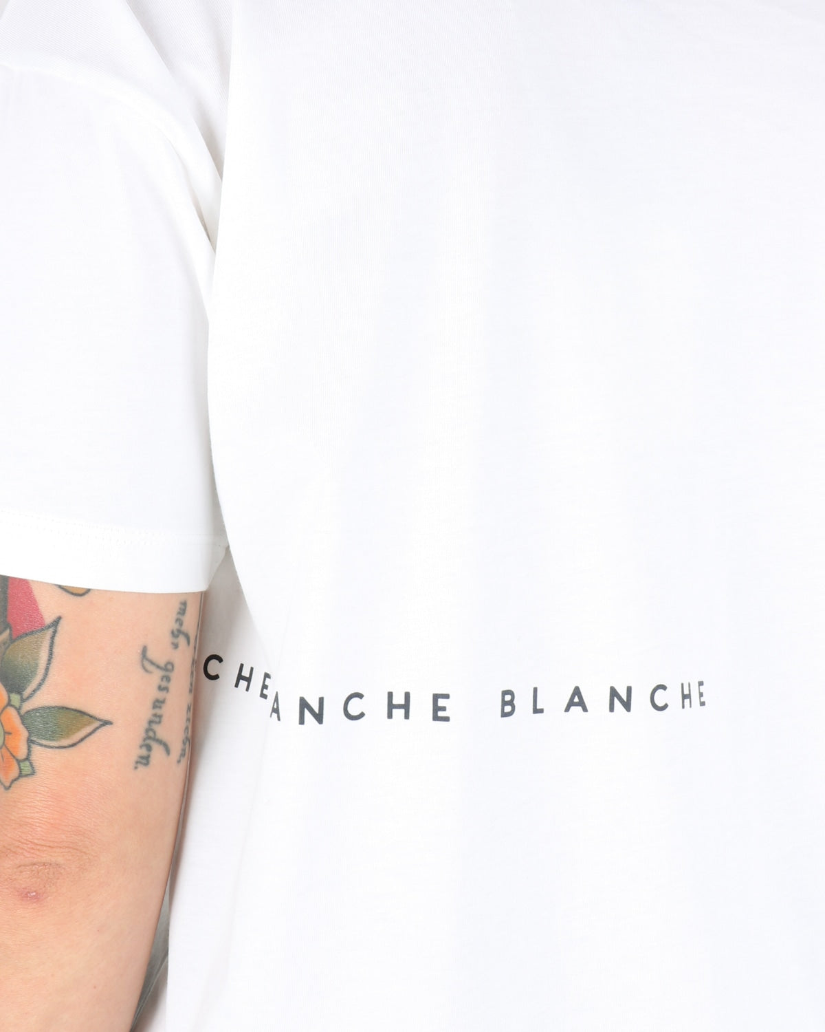 blanche_main light t-shirt_ombre blue_4_4