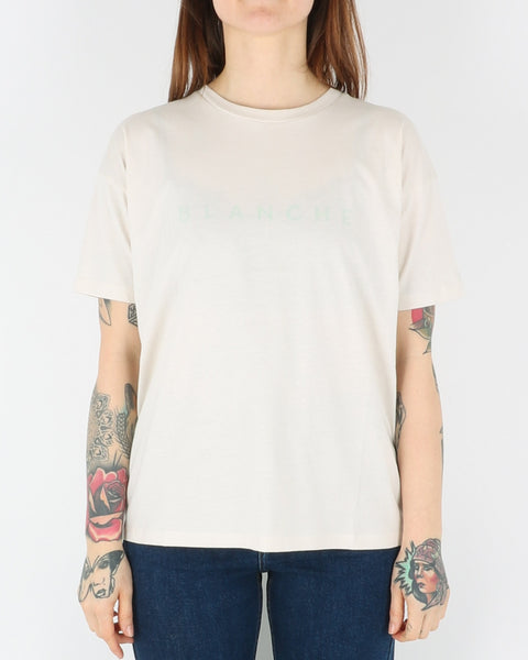 blanche_main contrast t-shirt_white sand_1_3