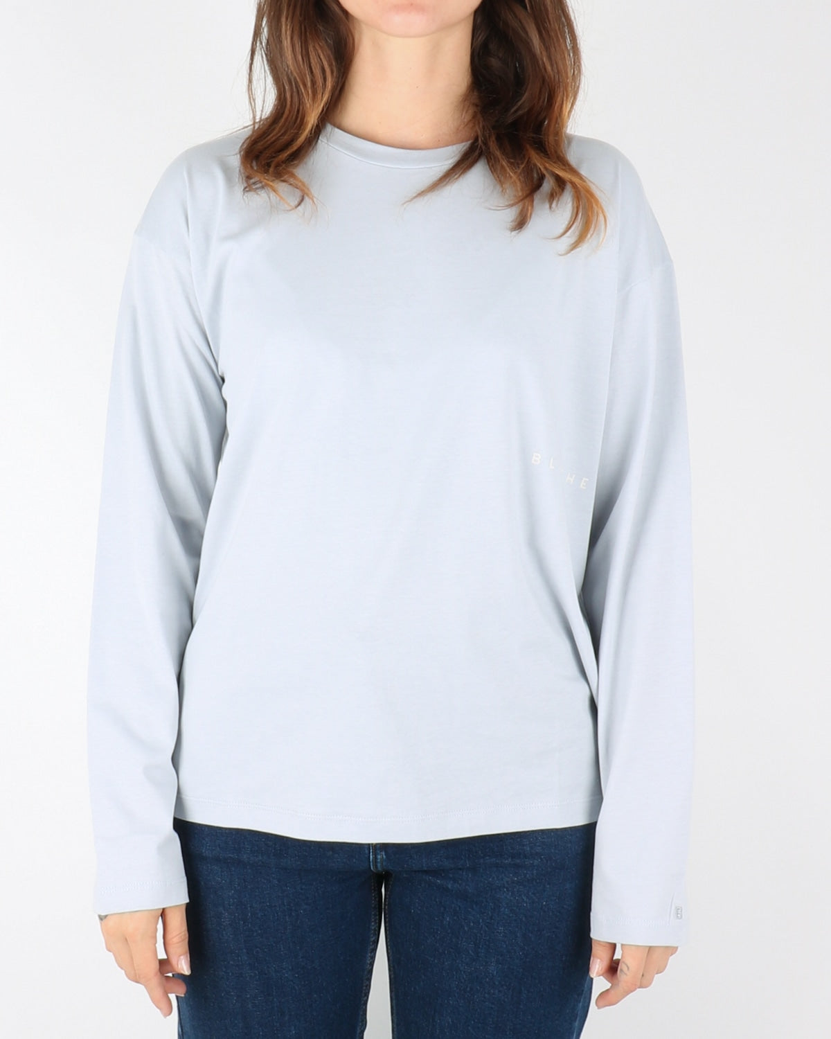 blanche_main light longsleeve_arctic ice_1_4
