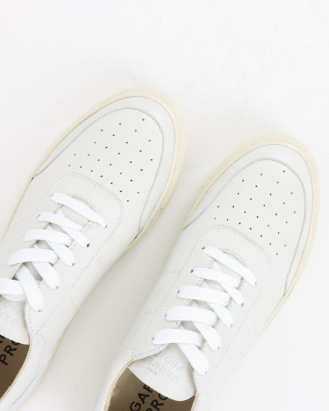 garment project_base low sneaker_white leather_view_4_4