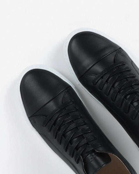 garment project_classic lace sneaker_black_view_4_4