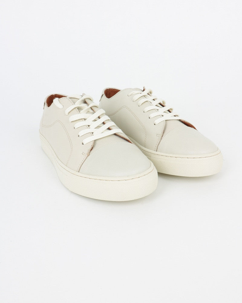 garment project_classic lace sneaker_offwhite_view_4_4