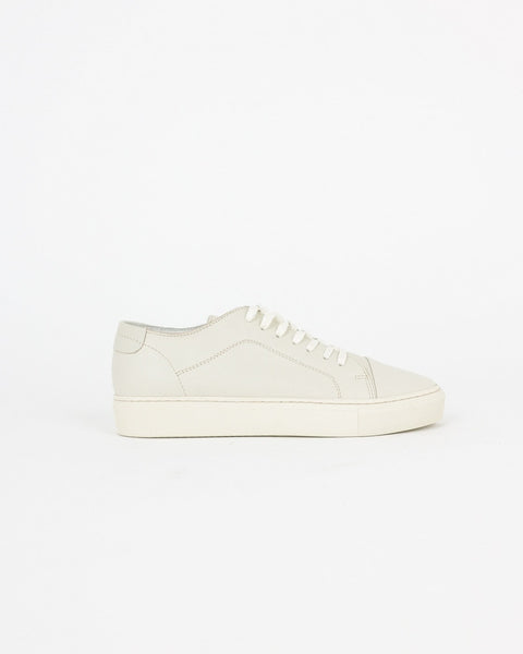 garment project_classic lace sneaker_offwhite_wmn_view_3_4