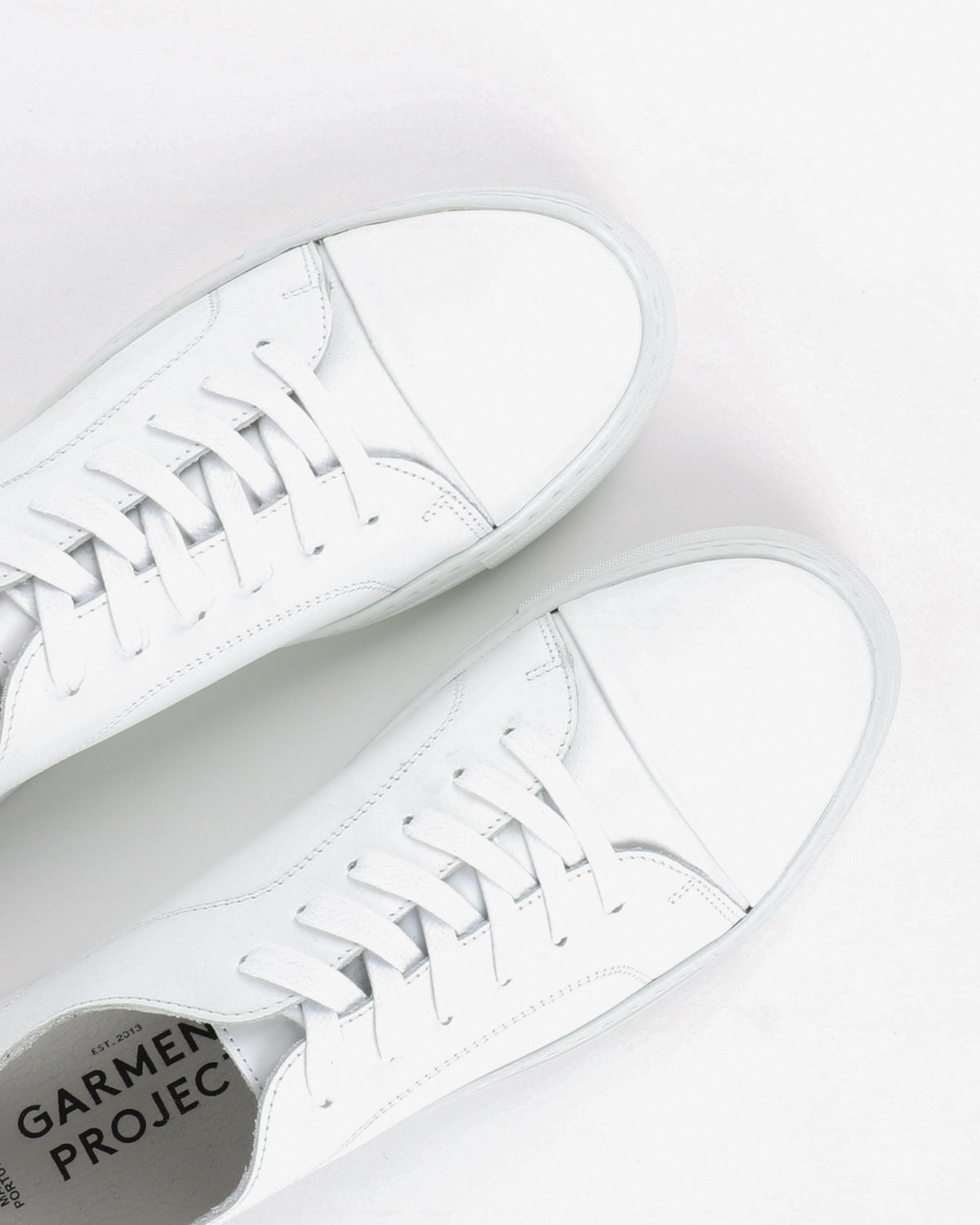 garment project_classic lace sneaker_white_view_4_4