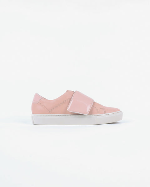 garment project_classic lace velcro sneaker_nude_view_1_3
