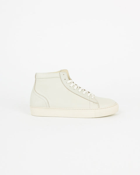 garment project_legend sneaker_offwhite_view_1_4