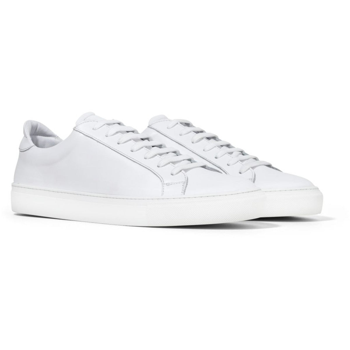 garment project_type sneaker_white_2_4