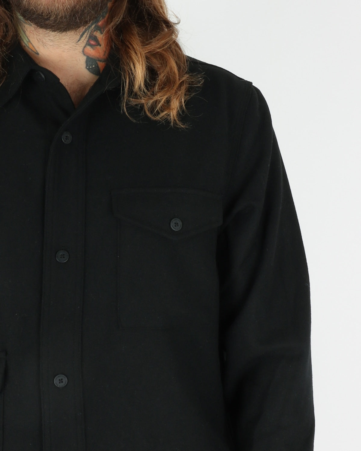 han kjobenhavn_army shirt_black wool_view_3_4