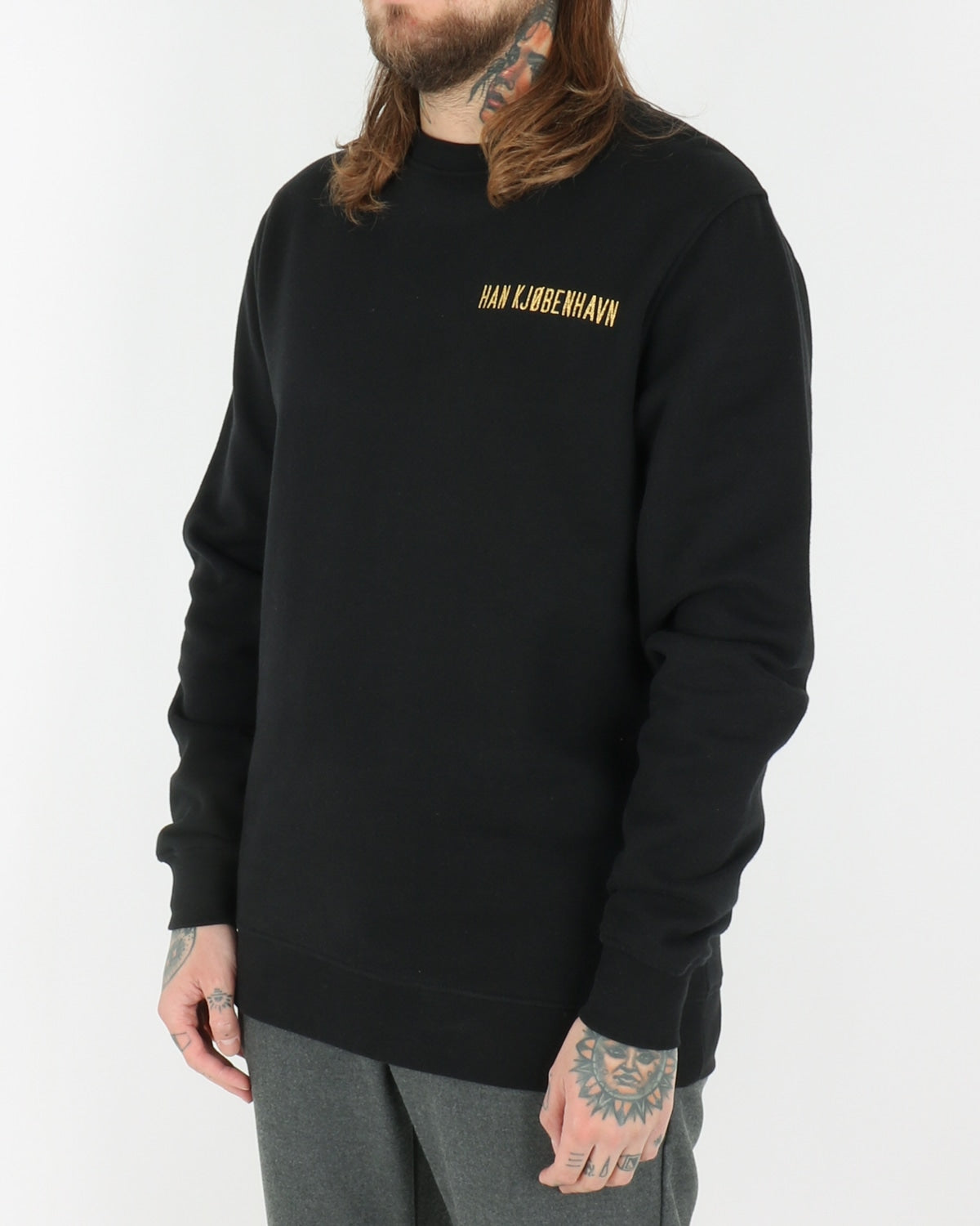 han kjobenhavn_casual crew sweatshirt_black gold logo_view_2_3