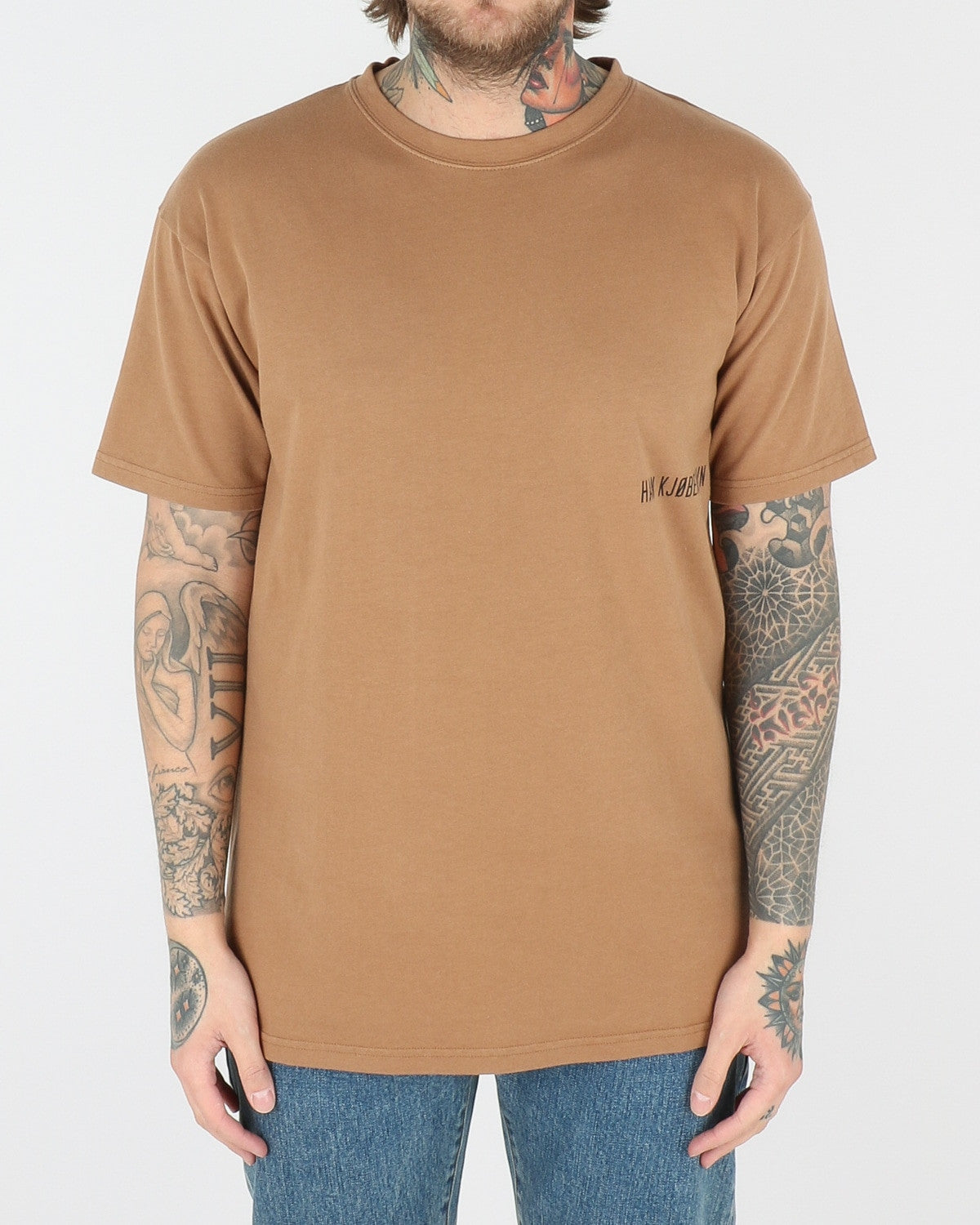 han kjobenhavn_casual t-shirt_brown small chest logo_view_1_2