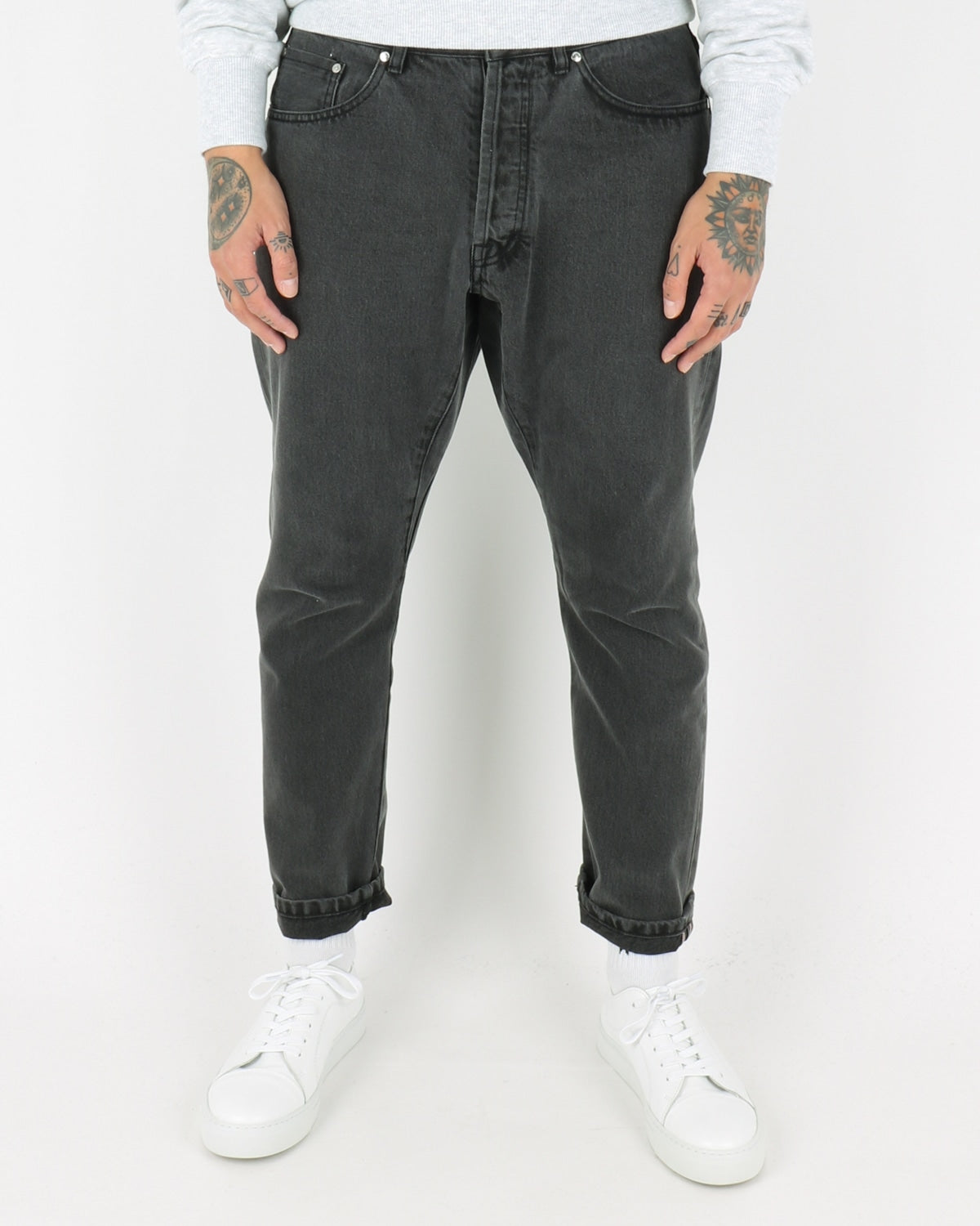 han kjobenhavn_drop crotch jeans_black stonewash_view_1_4