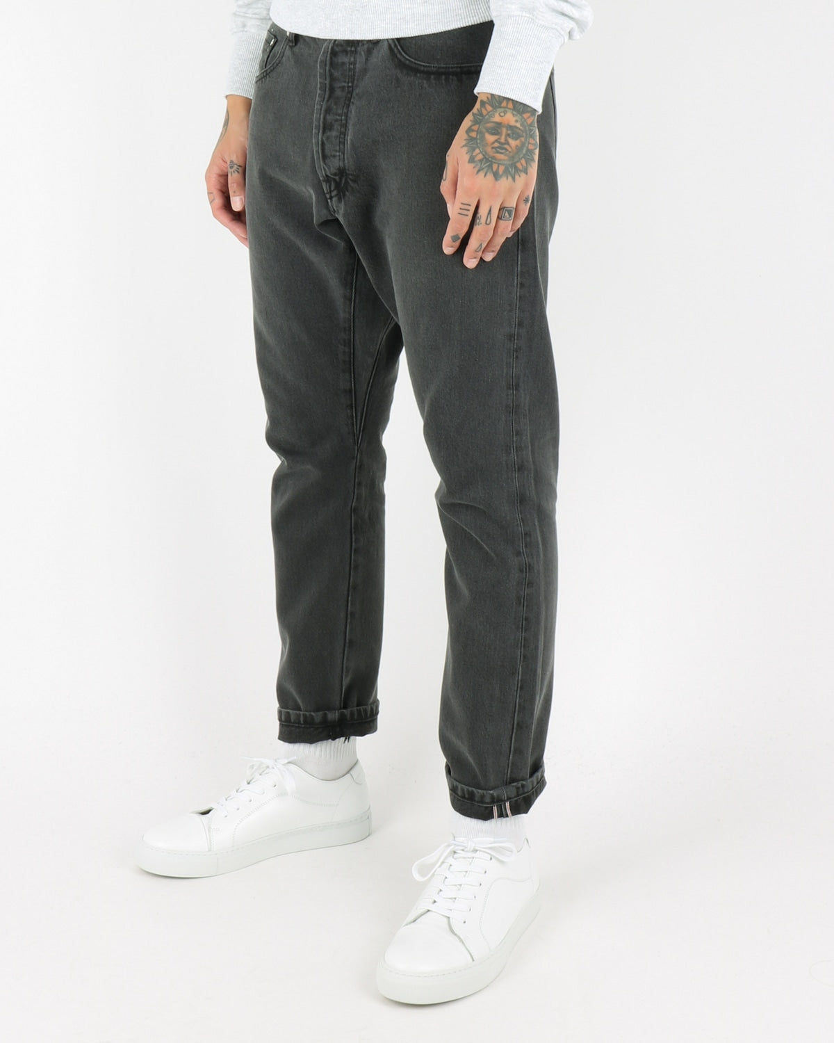 han kjobenhavn_drop crotch jeans_black stonewash_view_2_4