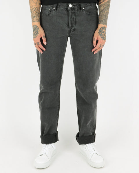 han kjobenhavn_tapered jeans_black stonewash_view_1_4