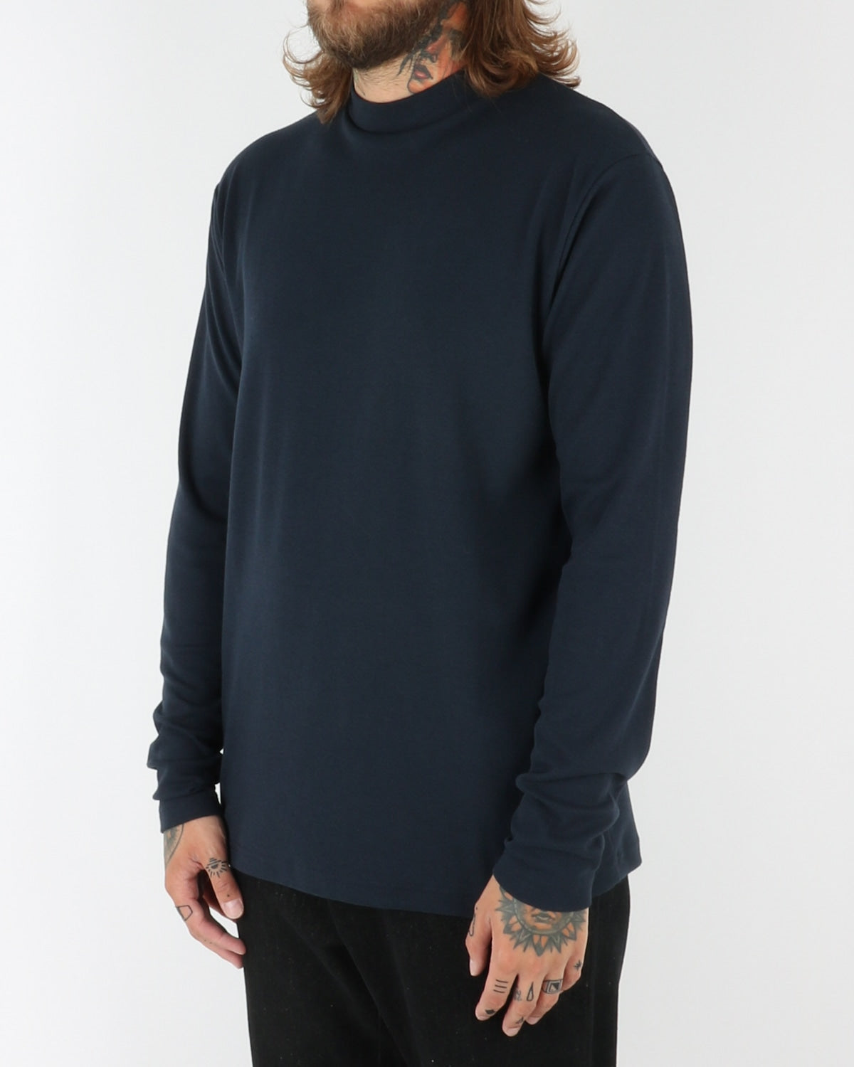 journal clothing_straight turtle neck_navy_view_2_2