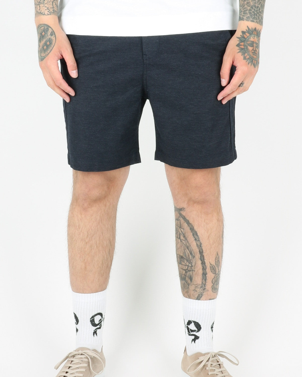 journal clothing_taper theo oxford shorts_navy_view_1_3