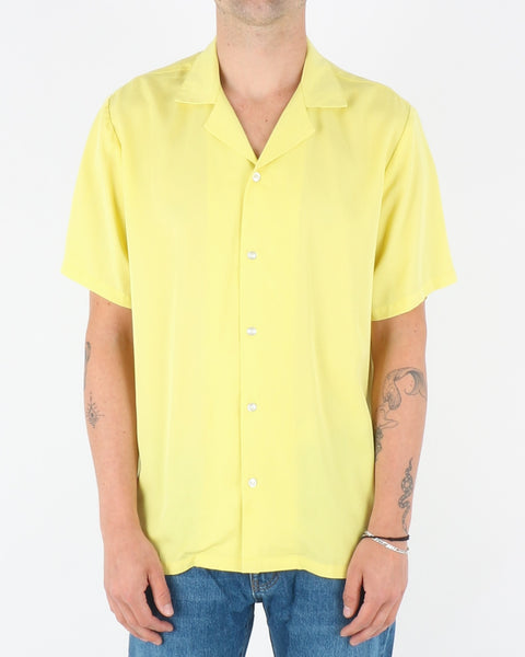 legends_clark shirt_yellow_1_3