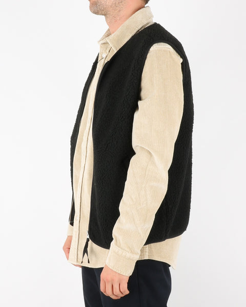 legends_hobson sherpa vest_black_3_3