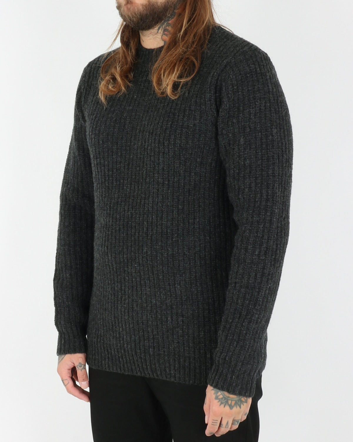 legends_lambswool knit_charcoal_3_3