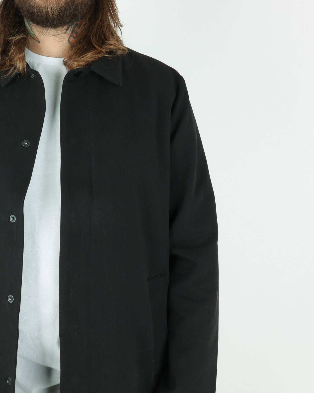 legends_spring mac coat_black_view_3_4