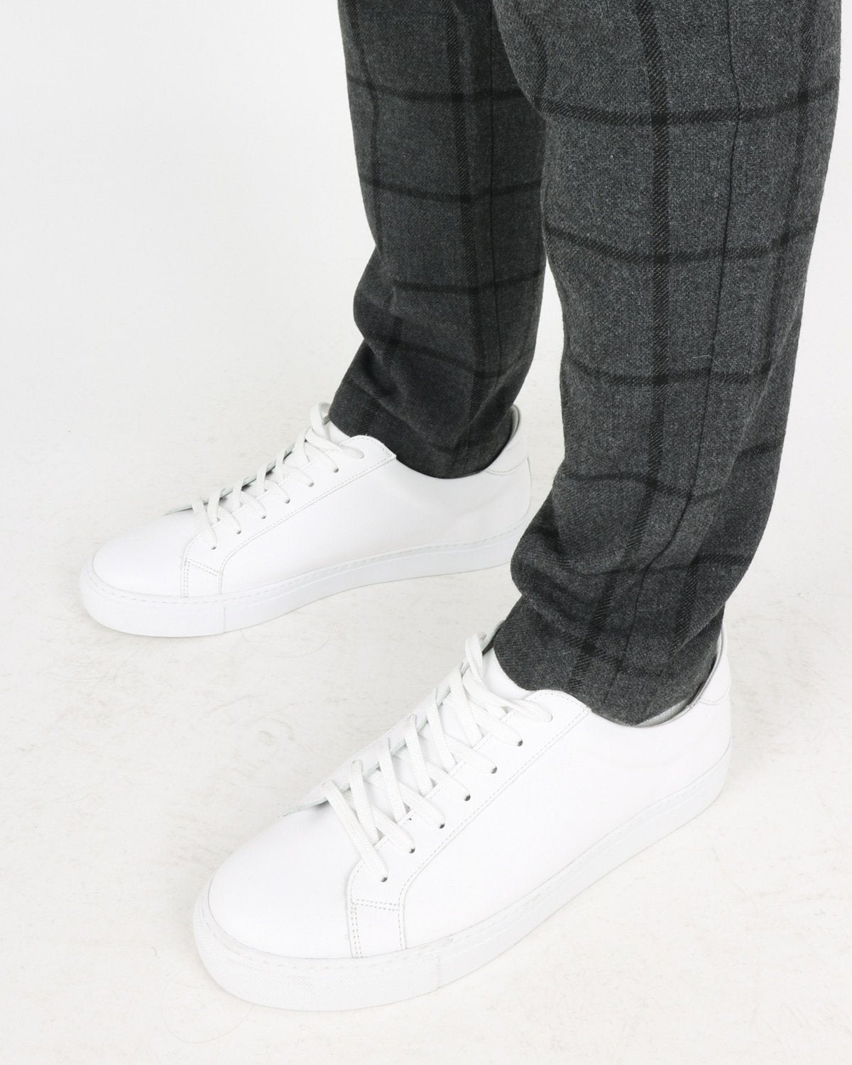 les deux_como wool check cargo pants_charcoal black_3_4
