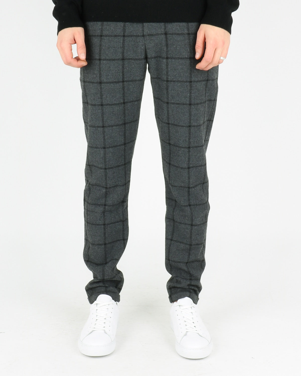 les deux_como wool check pants_charcoal black_1_4