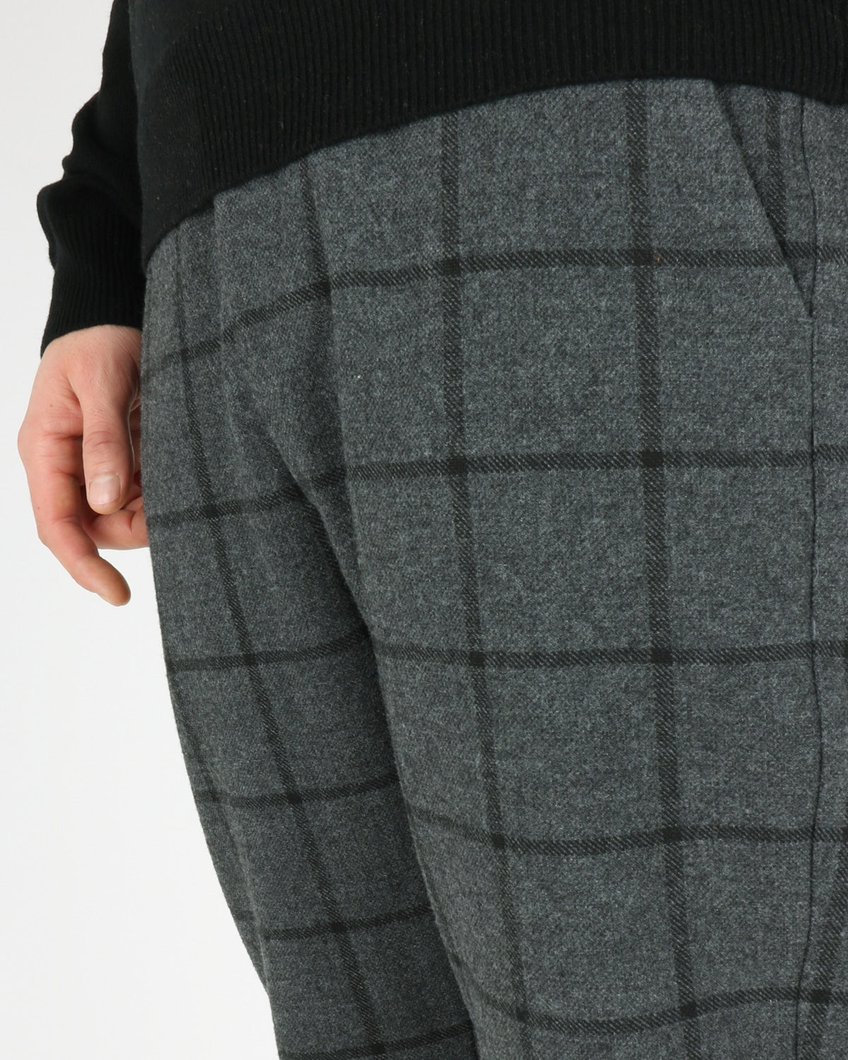 les deux_como wool check pants_charcoal black_2_4