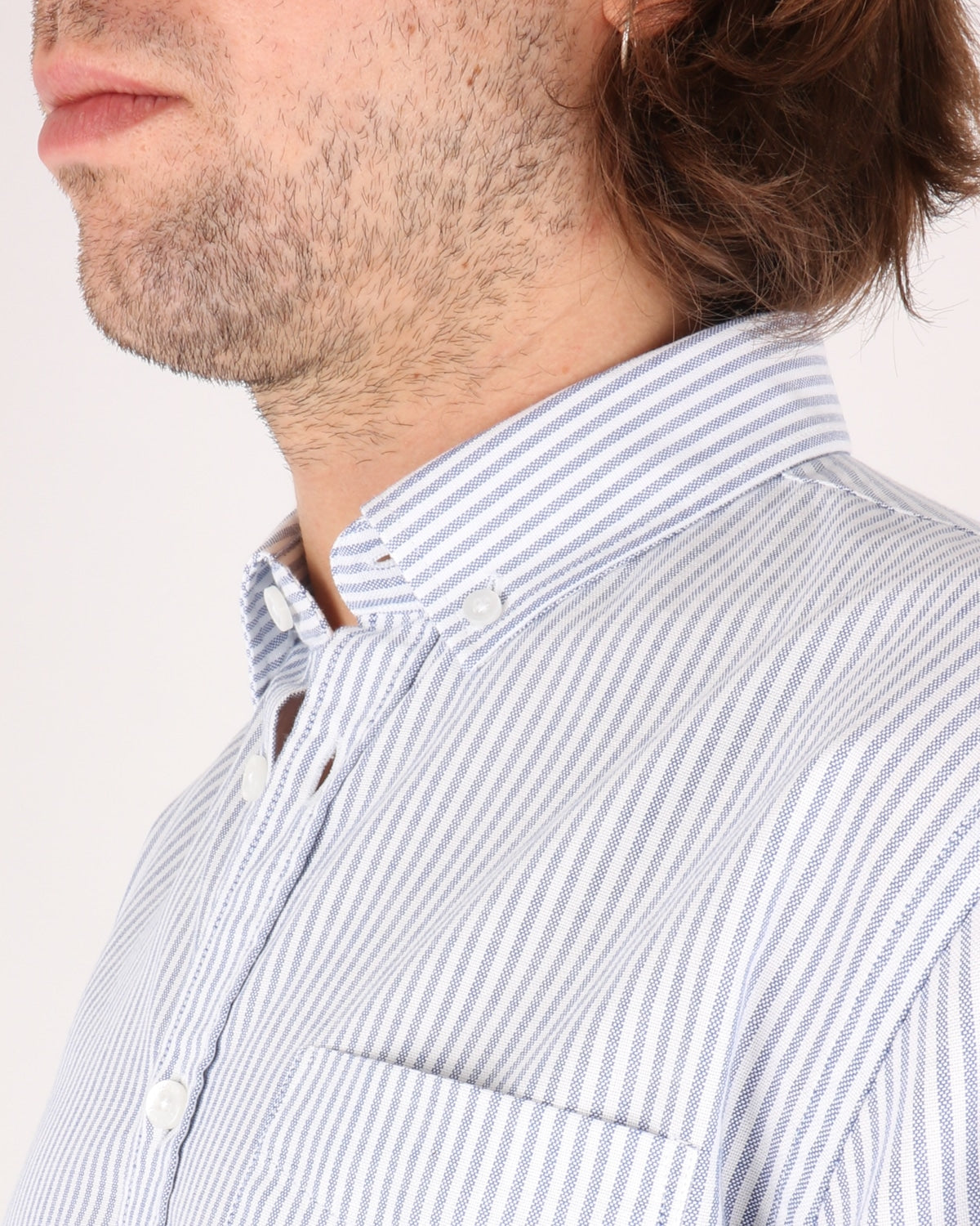 libertine libertine_hunter shirt_white w. blue stripes_3_4
