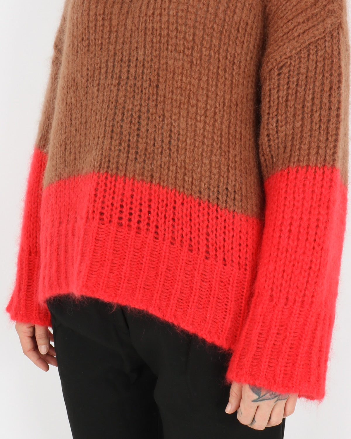 libertine libertine_pyros knit_camel bright red_2_4