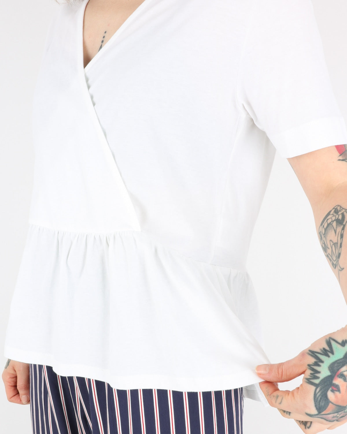 libertine libertine_grace top_white_2_3