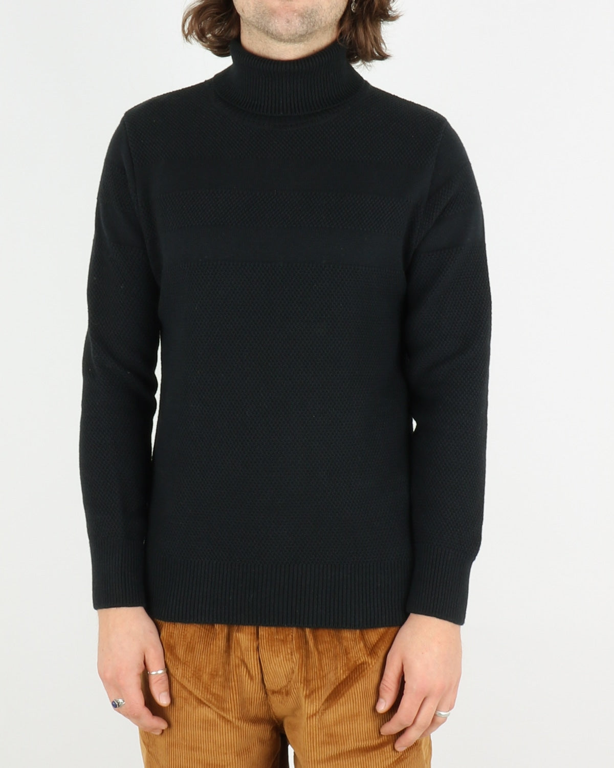 olow_lombart rollneck pullover_navy_1_3