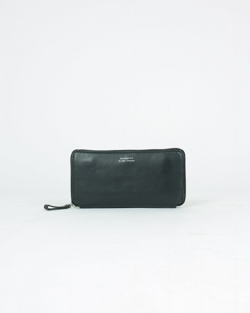 sandqvist_agneta wallet_black_view_1_4