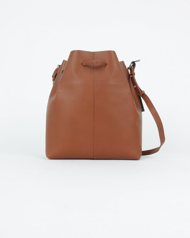sandqvist_marianne bucket bag_cognac_view_2_3