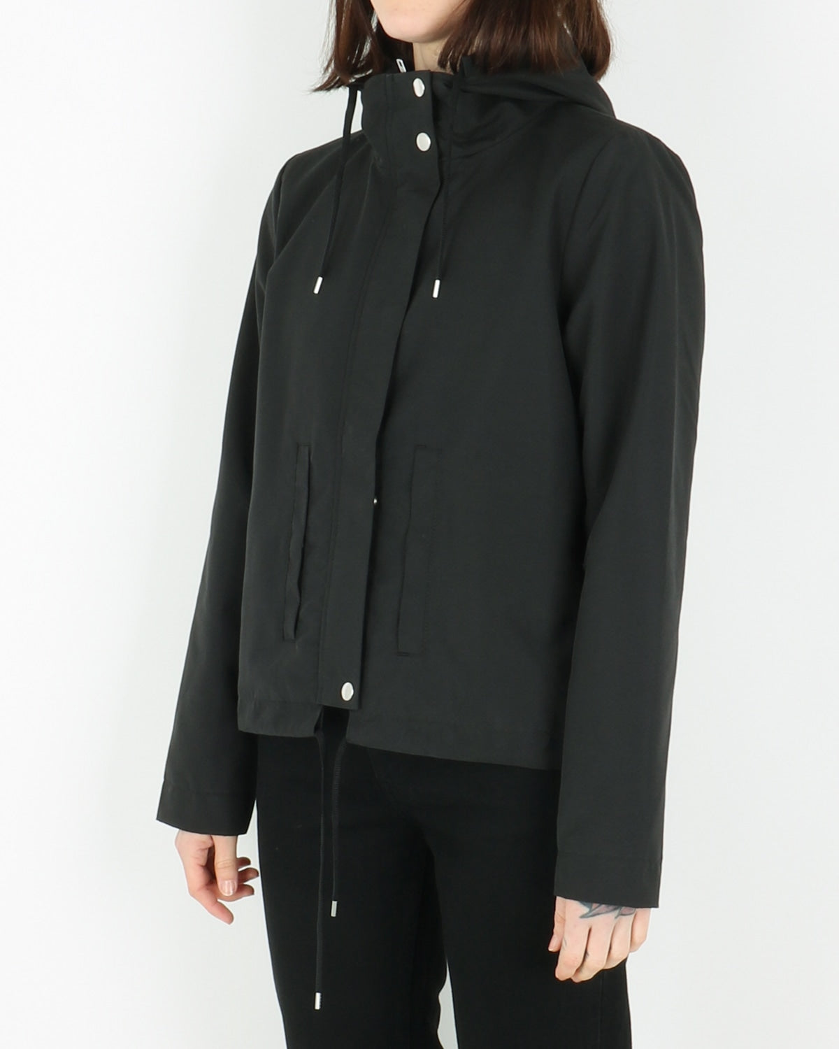selfhood_jacket light 77082_black_view_3_4