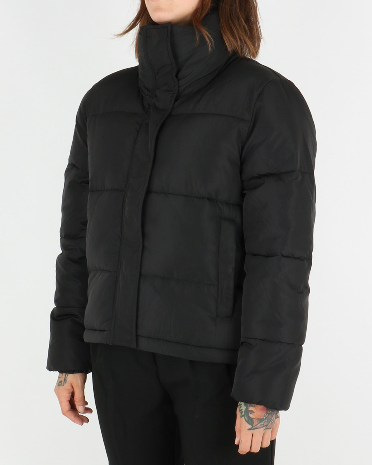 selfhood_puffer jacket 77126_black_3_5
