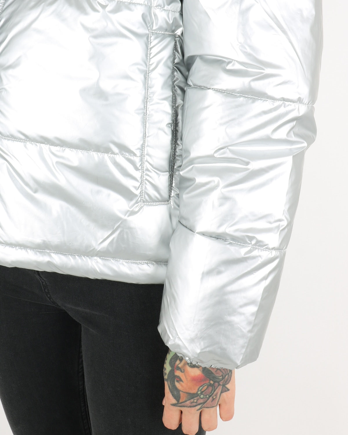 selfhood_puffer jacket 77126_silver_3_4