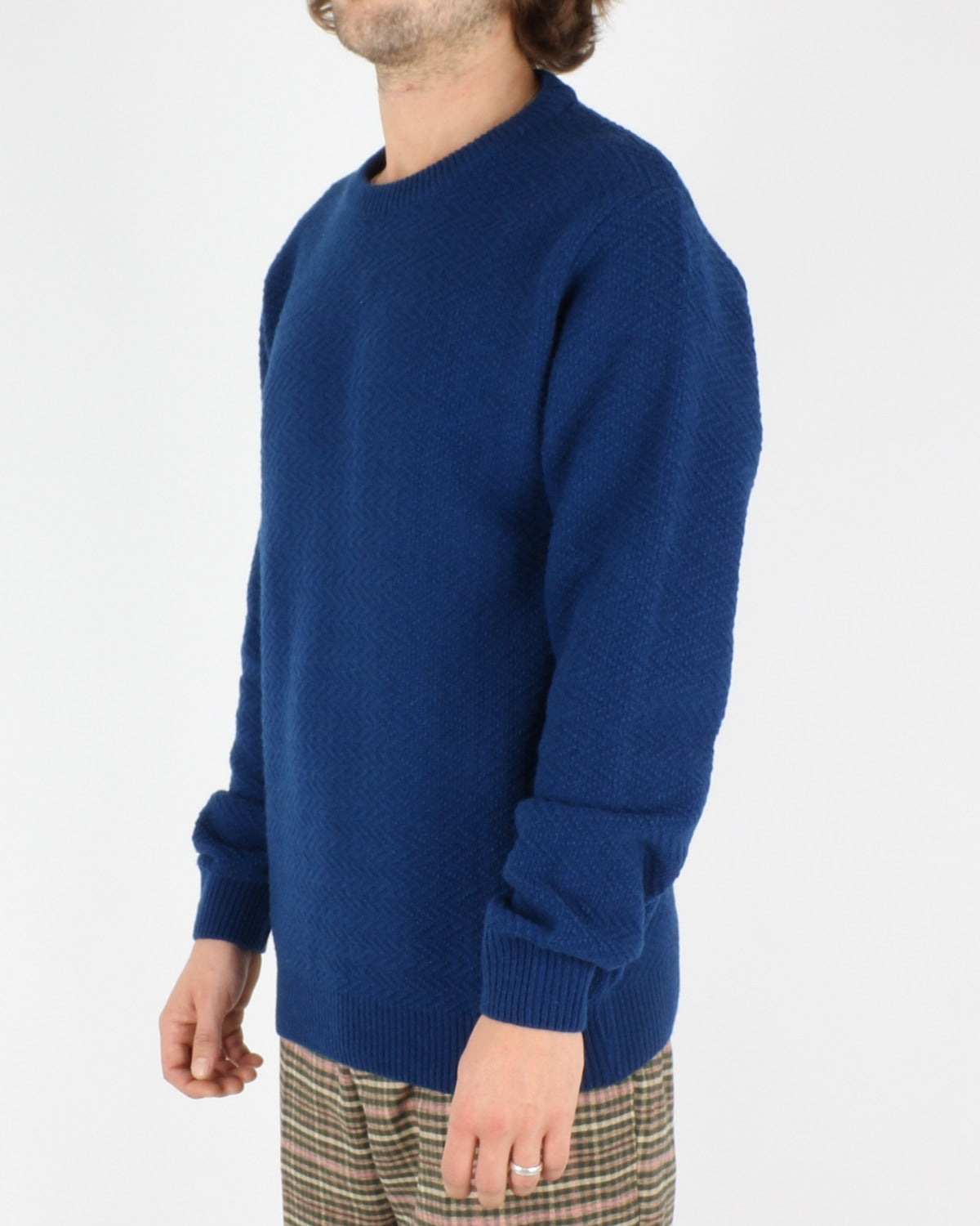 soulland_cassidy herringbone sweater_blue_2_4