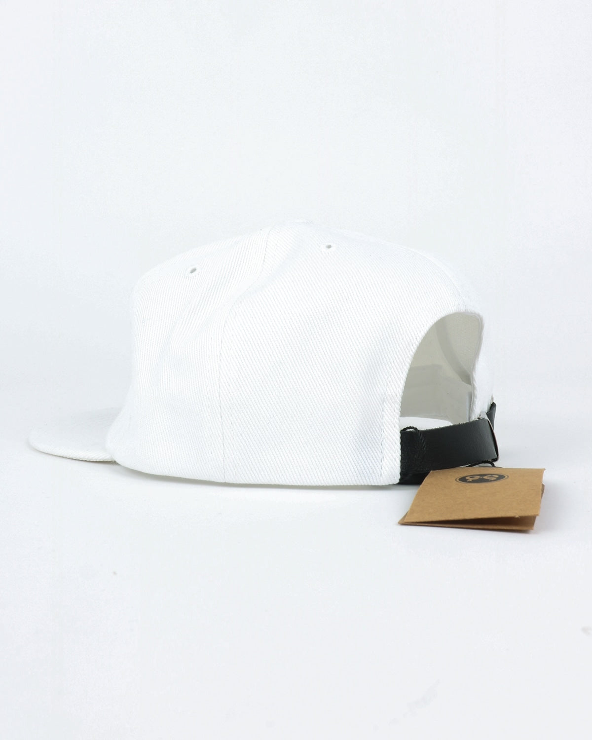soulland_polle 6 panel cap_black embroidery_white_detail_2_3