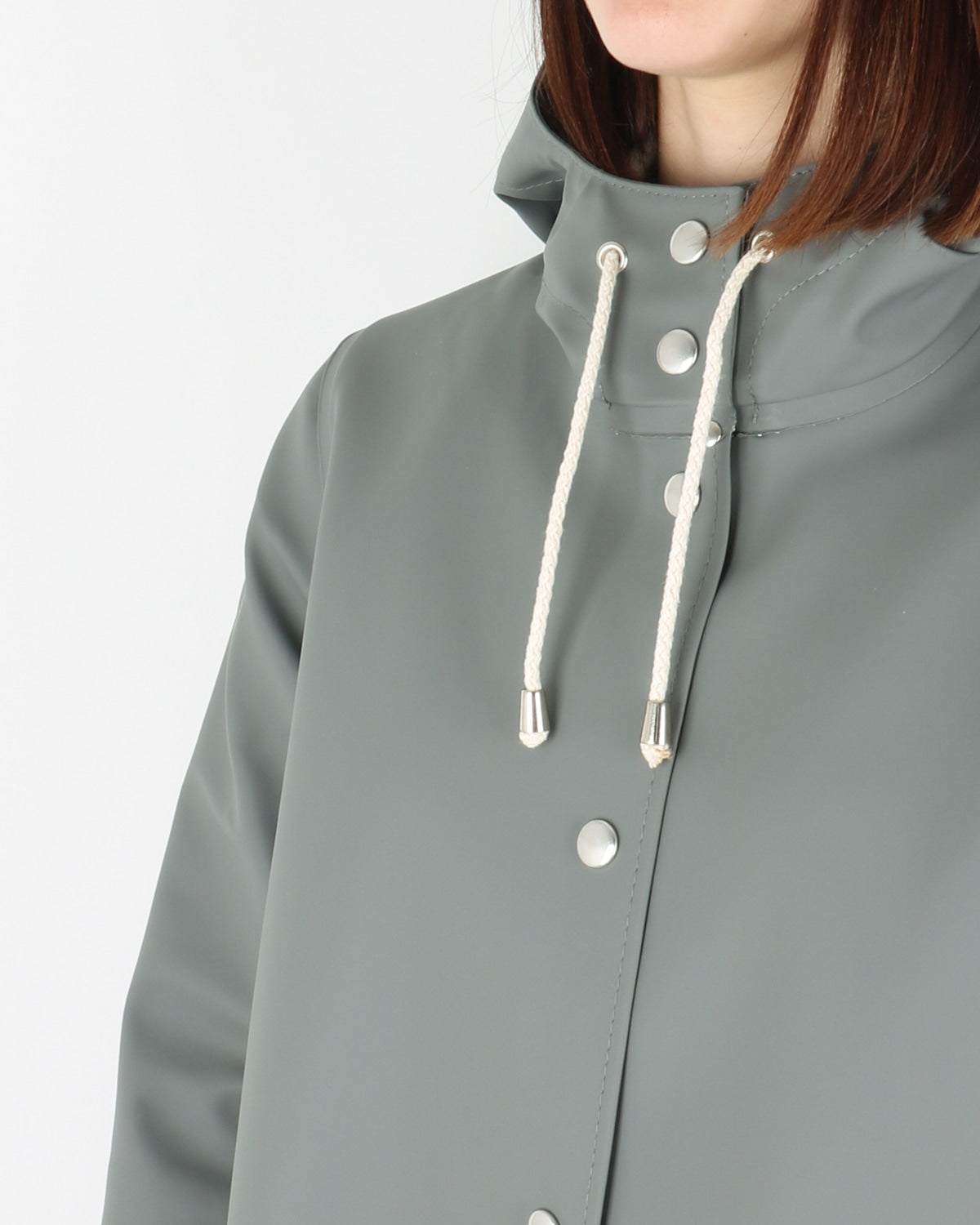 stutterheim_mosebacke_raincoat_grey_view_3_3