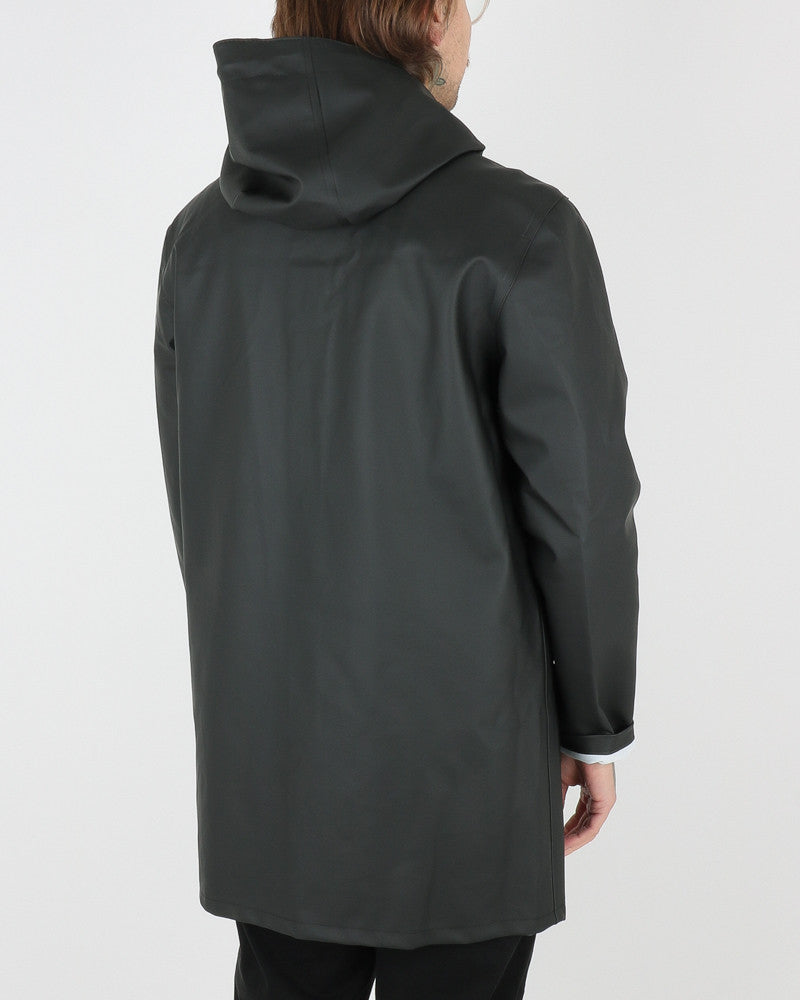 stutterheim_stockholm raincoat_black_view_3_4