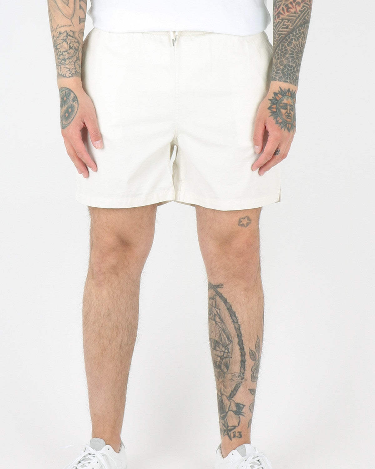 wac we are copenhagen_rivaldo shorts_creme_view_1_2