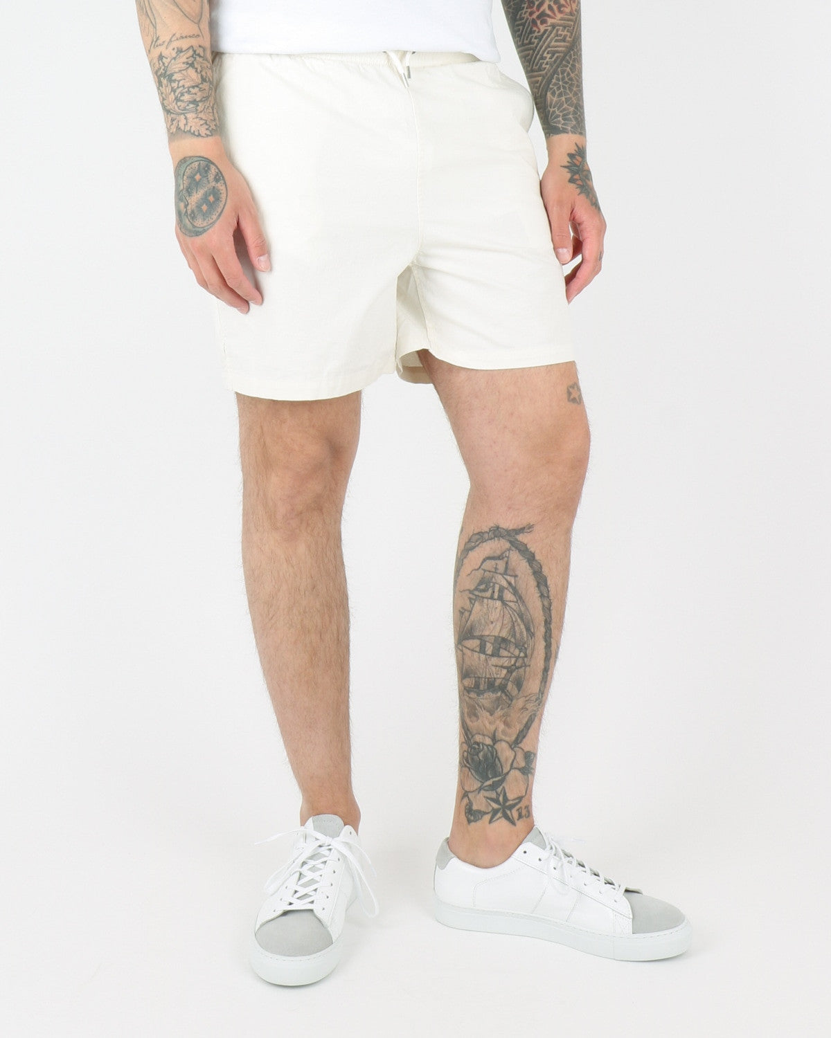 wac we are copenhagen_rivaldo shorts_creme_view_2_2