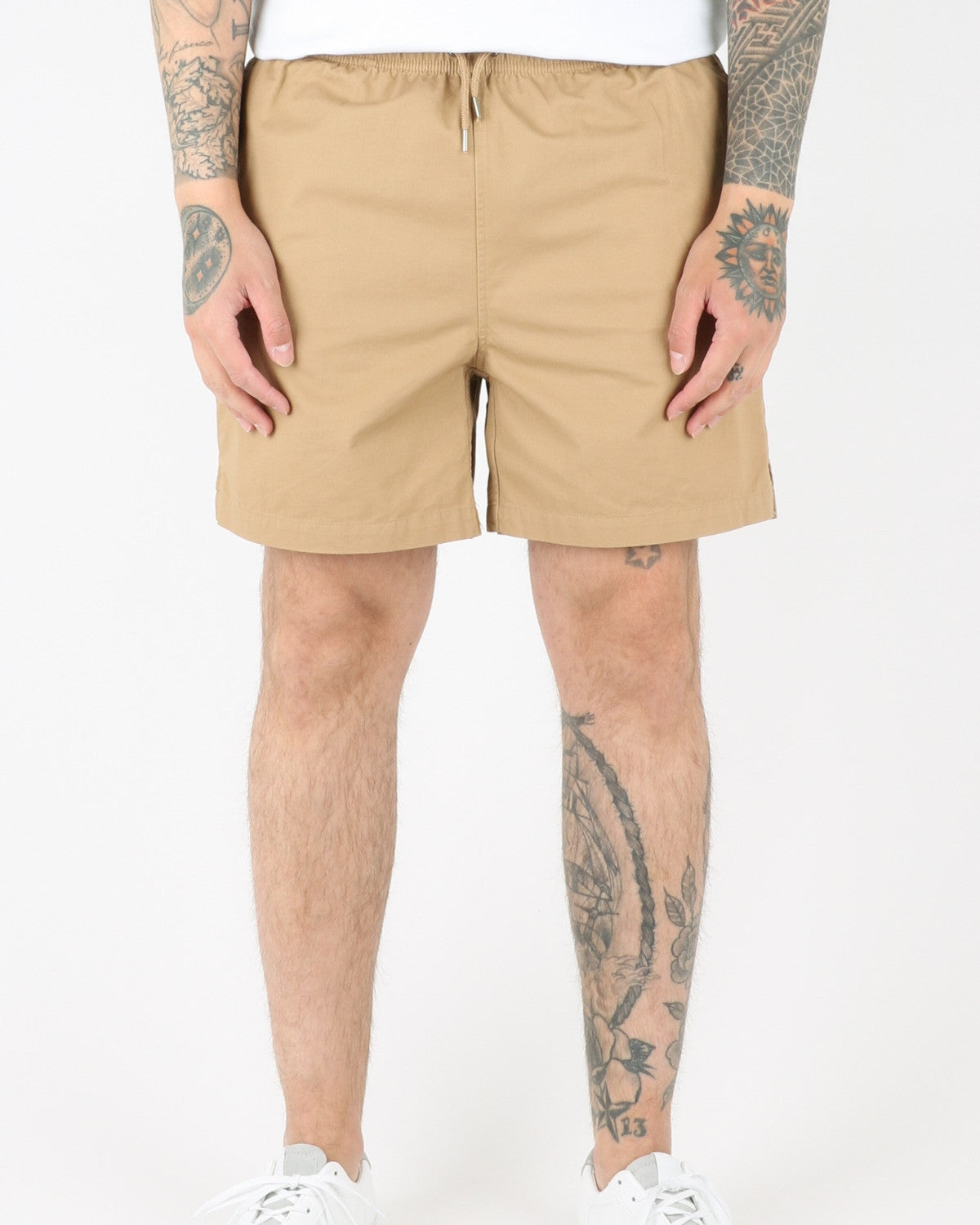 wac we are copenhagen_rivaldo shorts_khaki_view_1_2