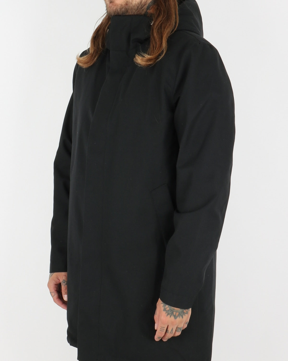 welter shelter_hooded parka_black_view_1_4