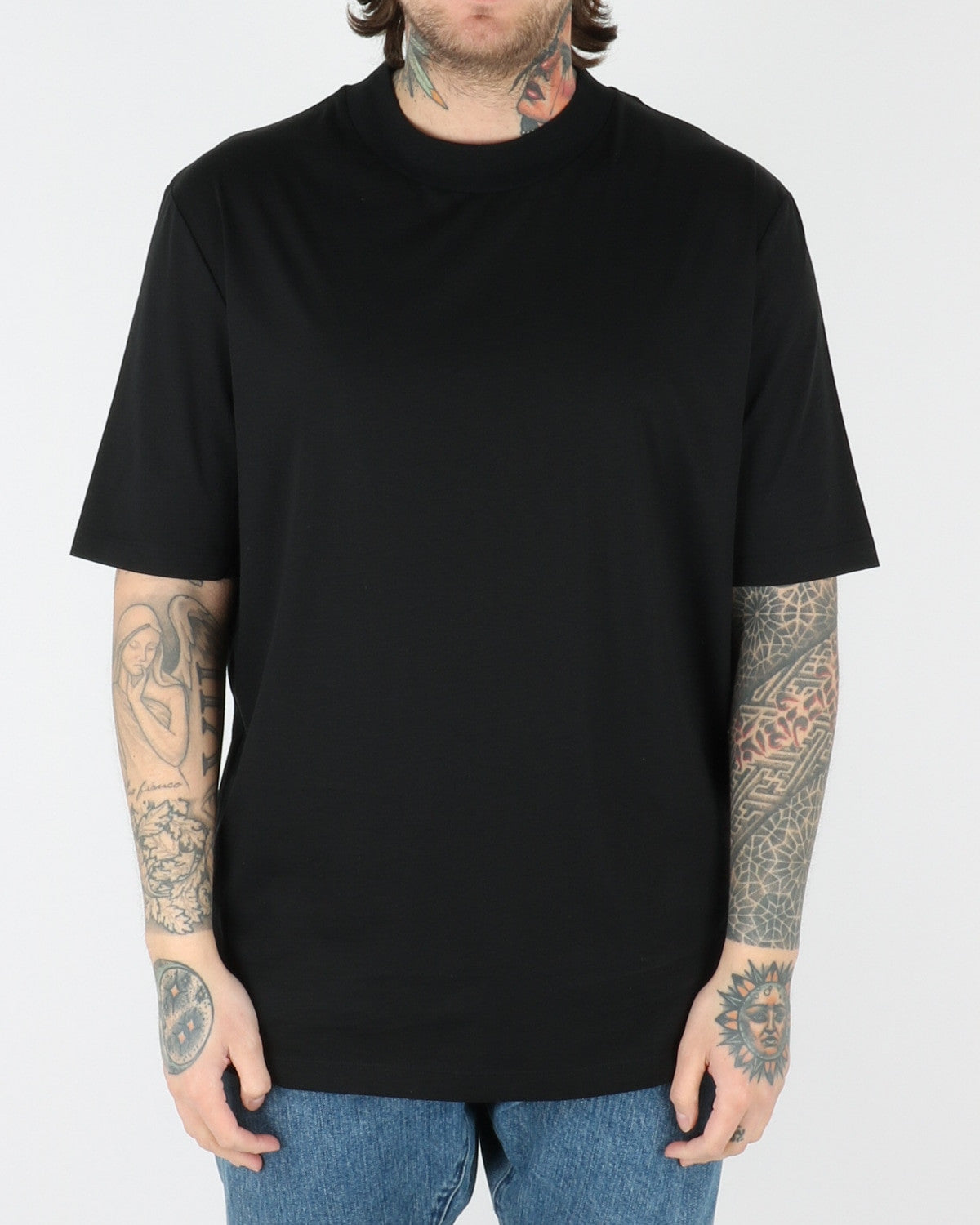 whyred_adham t-shirt_black_view_1_2