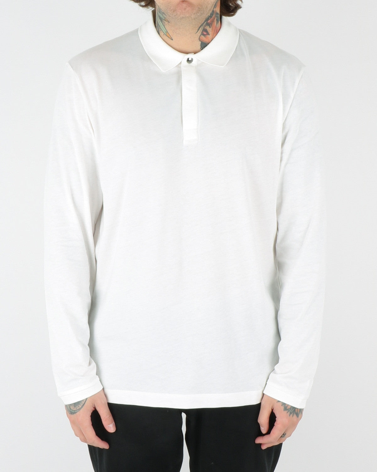 whyred_sun longsleeve_offwhite_view_1_2