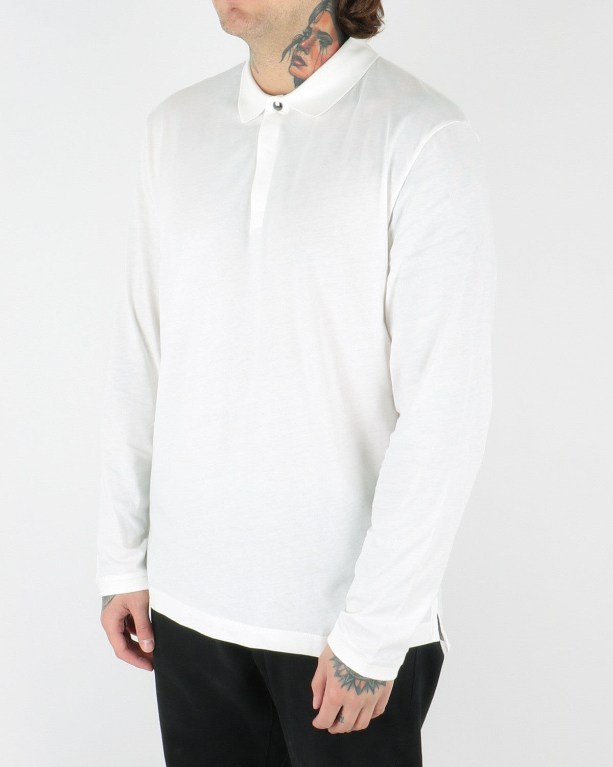 whyred_sun longsleeve_offwhite_view_2_2