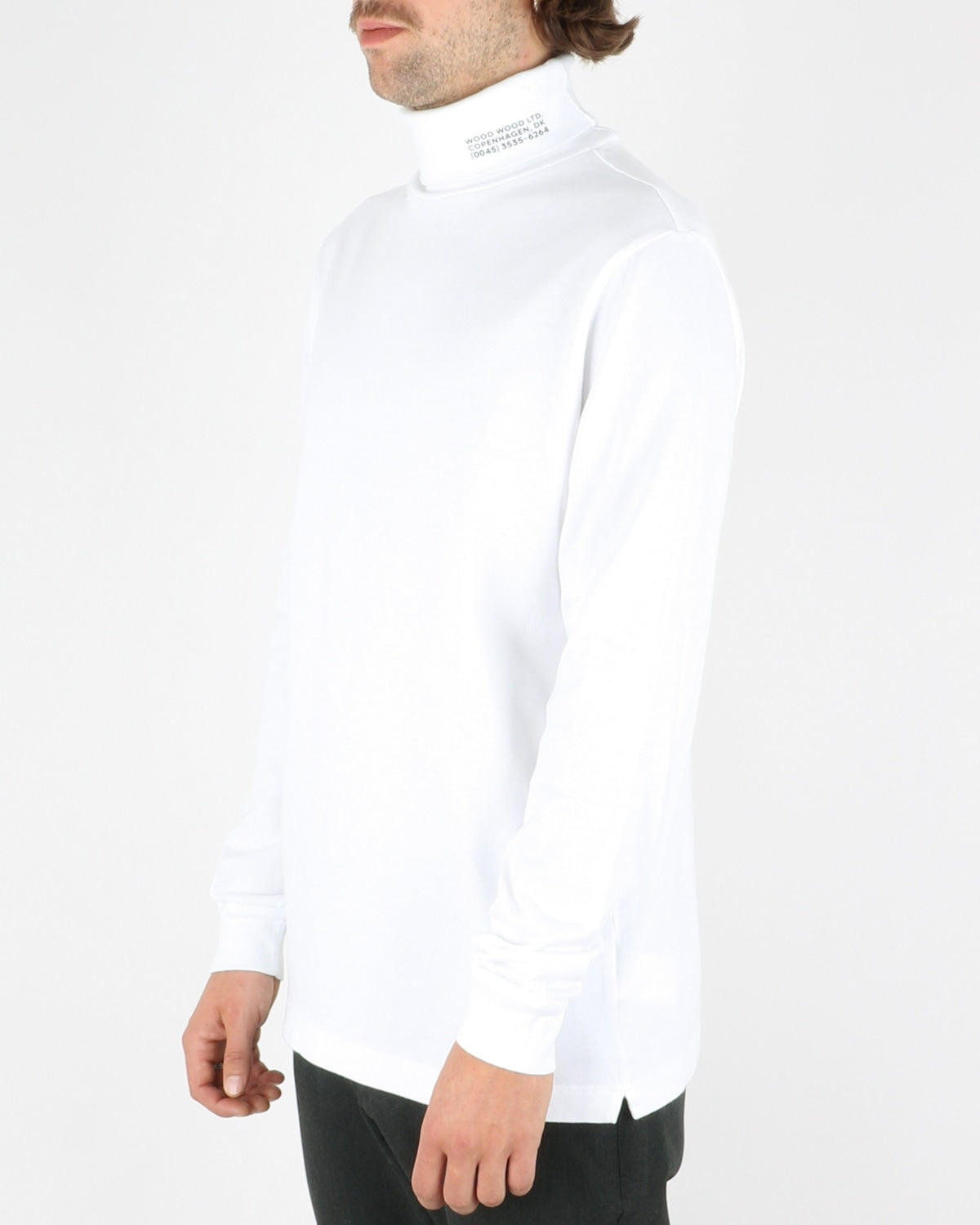wood wood_austin turtleneck_bright white_2_4
