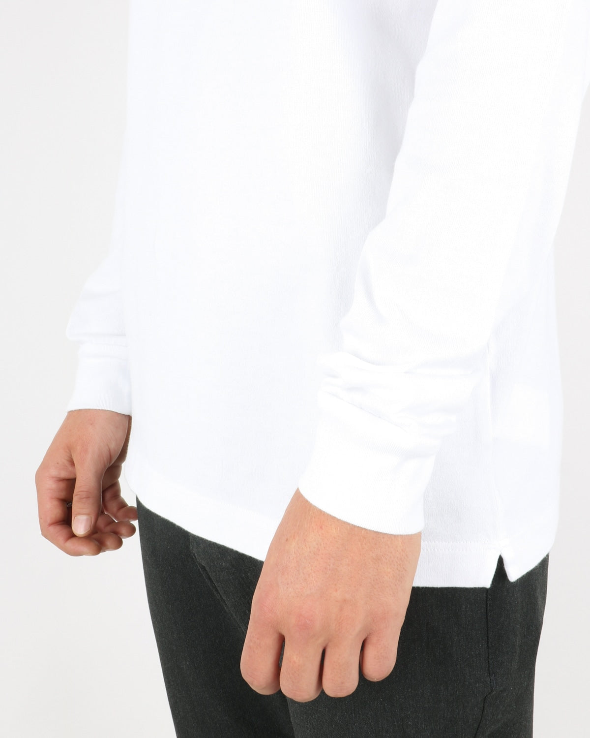 wood wood_austin turtleneck_bright white_3_4