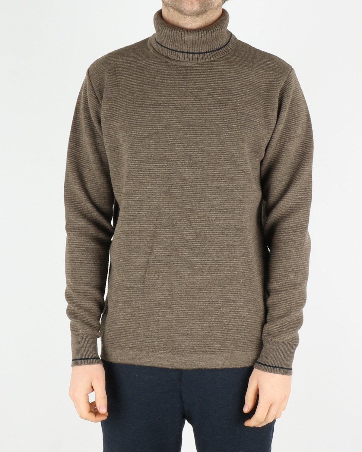 woodbird_craving otto turtle knit_forrest_1_4